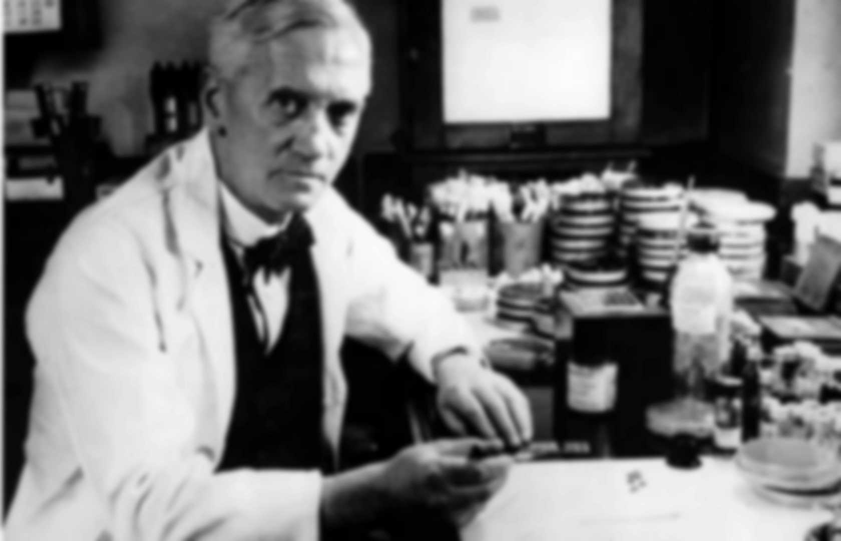 a biography of alexander fleming a scottish biologist pharmacologist and botanist Never neglect an extraordinary appearance or happening - alexander fleming sir alexander fleming (1881-1955) was a scottish biologist, pharmacologist and botanist he wrote many articles on bacteriology, immunology, and chemotherapy his best-known discoveries are the enzyme lysozyme.